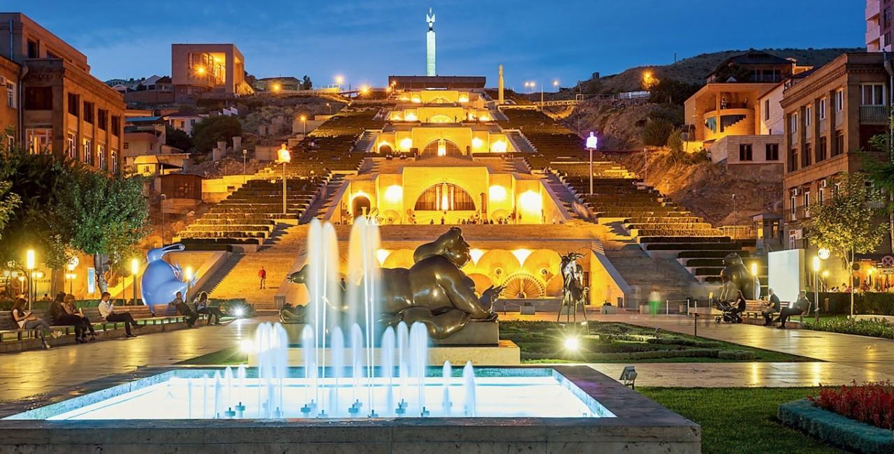 Ереван зажил лучше Москвы, как только Пашинян запретил воровать. |  Армянское чудо